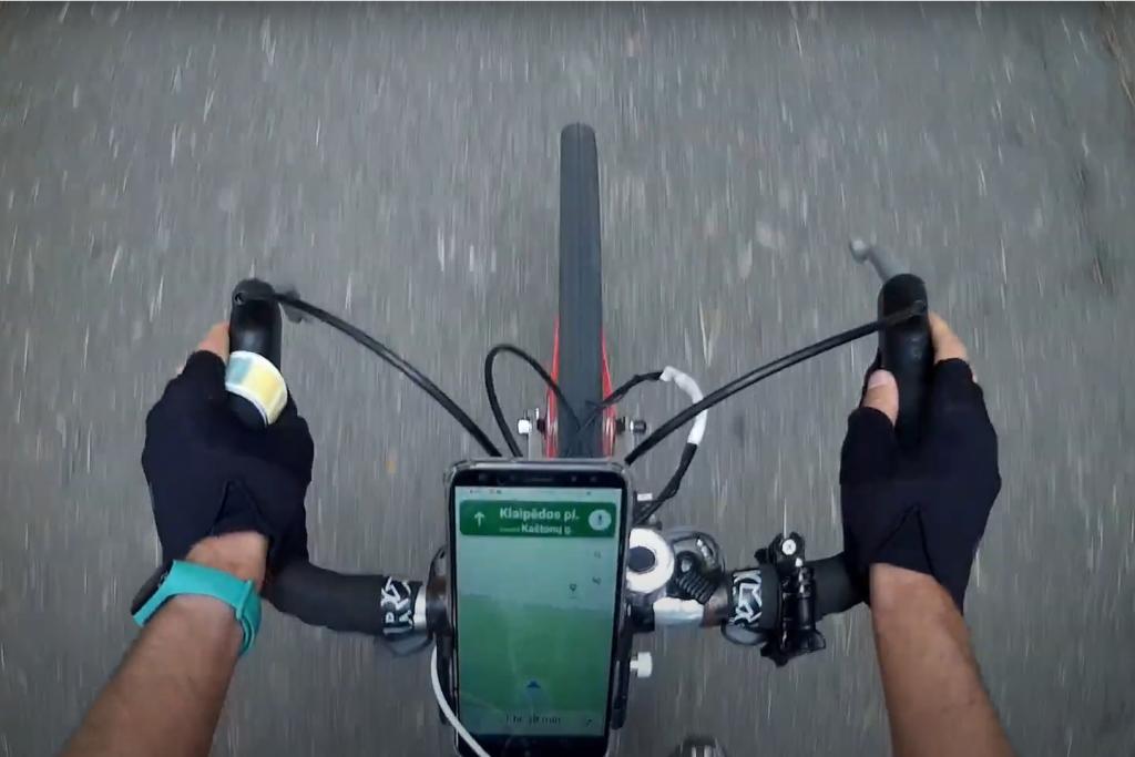 Telefono laikiklis dviračiui navigacijai