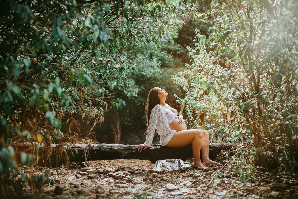 Ar eteriniai aliejai tinka nėštumo metu